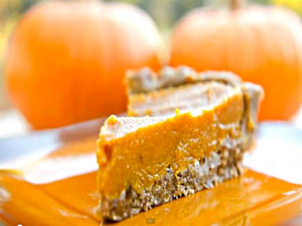 fully_raw_pumpkin_pie